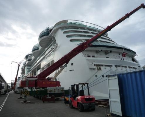 Tareas de Mantenimiento de crucero en el Port de BCN - GSerrat